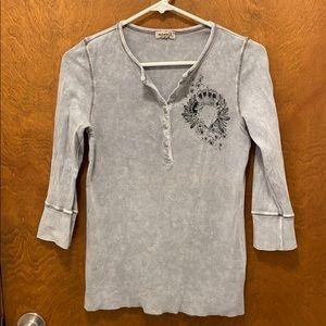 OneWorld quarter sleeve shirt size medium